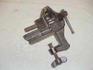 Vintage Ps w Bench Vise W 2 Jaws 2 1 2 Opening Antique Usa Cast Iron Tool