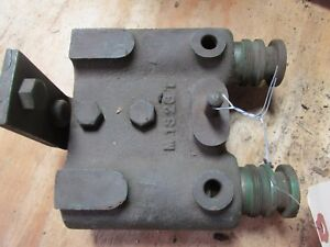 Nos John Deere 320 330 420 430 1010 Remote Outlet With Hydraulic Plugs M1323t 1