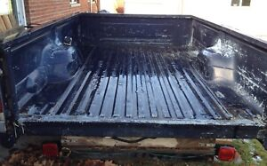 1987 1997 Ford F 350 Dually Truck Bed Box Rust Free 8 Foot Long Oem No Fenders