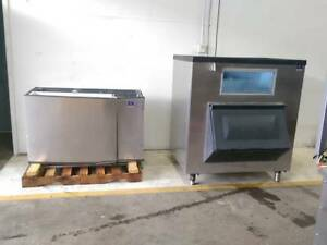 Manitowoc Ice Maker Machine Model Sd1892n And Storage Bin Model B110048