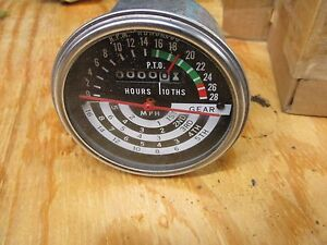 Nos John Deere Tachometer 1010 part At17443