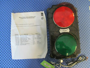 Nos Poweramp Loading Dock Traffic Control Light Sg17s 115rg 3055 0007 Free Ship