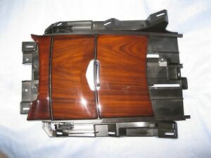 Oem Cadillac Escalade Center Floor Console Cup Holder Choccachino Very Nice