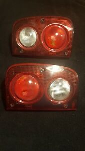 Pair Of 2002 2005 Land Rover Freelander Tail Lights W Plugs Very Nice Oem Parts