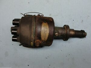 Oliver Tractor Distributor Delco Remy 1111702 77 88 770 880 6 Cylinder