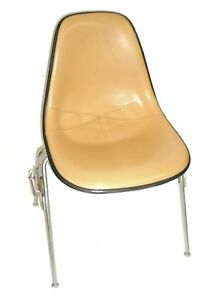 Herman Miller Leather Bucket Chair Stackable W chair to chair Interlock Legs 6
