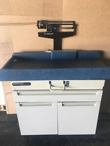Midmark Pediatric 409 Child Exam Table With Weight Station