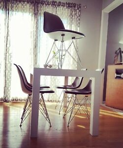 1968 Ray And Charles Eames Herman Miller Table And Eiffel Tower Padded Chair Set
