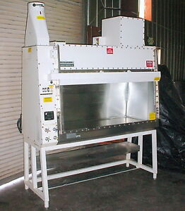 Baker Co Bc 6 Biochemgard Biological Safety Cabinet Fume Hood Class Ii B2