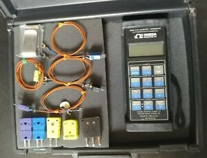 Omega Cl25 Temperature Calibrator Thermometer Plus Cases Clip Jacks