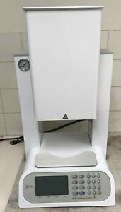 Porcelain Pressing Furnace Jelrus Vip Universal X press A 4205 2010 Model