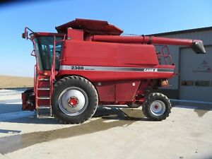 2003 Case ih 2388 Combine 2100 Hrs John Deere Needs Work Fire Runs Iowa