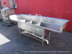 Heavy Duty Stainless Steel 3 Compartment Sink With 2 Faucets