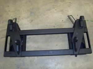 Eeuro Global Loader To Skid Steer Attachment Adapter Black
