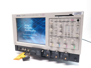 Tektronix Csa7404b Communications Signal Analyzer 4ghz