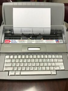 Brother Sx 4000 Electronic Typewriter New Correctable Ribbon Works Great