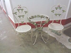 Vintage Bistro Table 2 Chairs White Metal Strawberry Flowers Need Glass Top