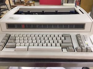 Ibm Wheelwriter 500c Typewriter