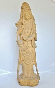 Antique Or Vintage Chinese Hand Carved Pale Hard Wood Kwan Yin 18 3 Tall