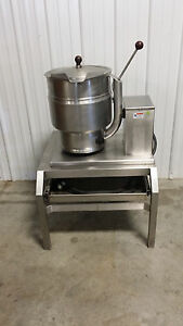 Groen Tdb 7 20 Steam Jacketed Manual Tilt Kettle W Ss Stand W Drawer Electric