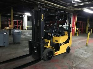 2013 Yale 6000 Pound Forklift With Side Shift Triple Mast