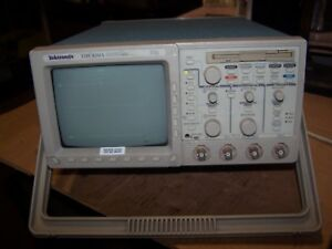Tektronix Four Channel Oscilloscope Tds 420a