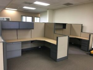 Nice Knoll 8 x6 Office Cubicles Workstations