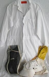 Beekeeper Suit L Veil Hat Gloves Bee Hive Brush Suit Looks Brand New Used