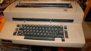 Ibm Selectric Ii Tan Electric Typewriter Works Great Comes With Extra Ribbons