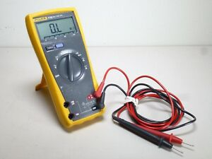 Fluke 77 Iii Digital Multimeter 200246 2
