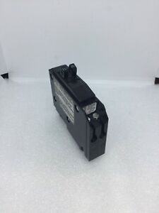 Square D Qo1520 20a 120v 2p New