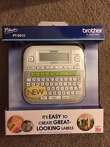 Brother P touch Pt d210 Label Maker Compact Printer W Tape New In Box Free Ship