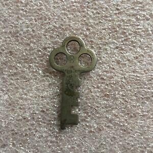 Antique Yale Towne Steamer Trunk Flat Key Number Trunk Key Number 3h9