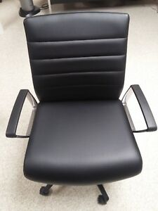 Paoli Svelte Adjustable Mid back Faux leather Conference Chairs barely Used