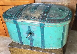 1830 Painted Antique Folk Art Chest Trunk Forged Rivited Strap Hinges Lock Key