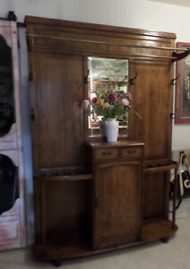 Beautiful Authentic Antique Oak Hall Tree Storage Original Hardware
