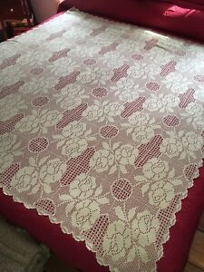 Very Nice Antique Hand Crochet Tablecloth With Roses 62 By 55 Bedspread