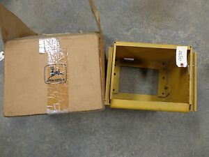 John Deere B R 80 Correct Battery Box With Light Hole Nos