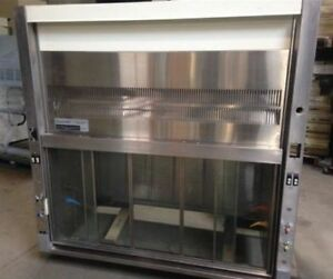 Chemgard Baker Company 5 General Purpose Laboratory Fume Hood With Bench