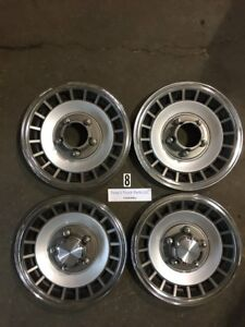 1980 1997 Ford Truck 1 2 Ton 4x4 Hubcaps