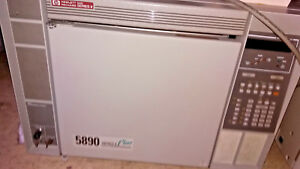 Hewlett Packard Hp Series Ii 5890 Gas Chromatograph With User s Guide