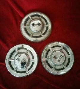 1960 Chevrolet Corvette Dog Dish Hubcaps 1961 Wheel Covers 1958 1959 1962