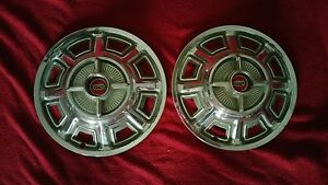 1966 Ford Galaxie 500 Hubcaps Fairlane Gt Wheel Covers 65 67