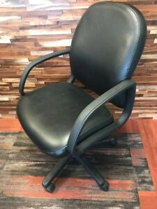 Chr 006 La z boy Leather Conference Chairs