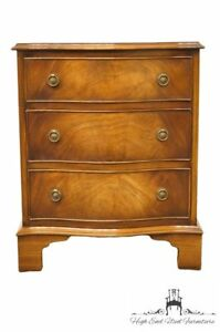 English Imported Reprodux Bow Front Mahogany 21 Nightstand Accent Table