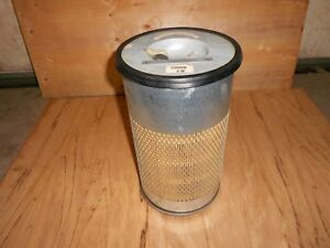 82008600 Air Filter For Ford New Holland 5640 6640 7740 Nos