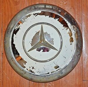 Vintage Mercedes Benz Center Cap Hubcap Wheel Cover Ivory Used