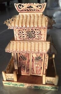 Beautiful Japanese Or Chinese Cattle Bone Highly Carved Temple Statue Dragon