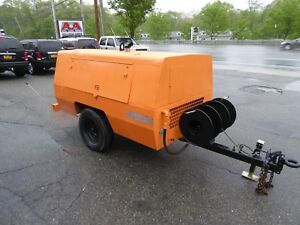 Sullivan D25005 Tow Behind Air Compressor Only 467 Hours