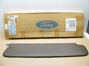 Oem Ford Medium Heavy Duty Truck Sun Visor D4hz 8004104 a